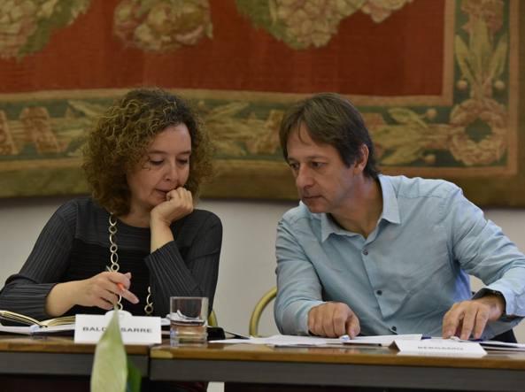 L'assessora alla casa Laura Baldassarre con il vicesindaco Luca Bergamo (Imagoeconomica)
