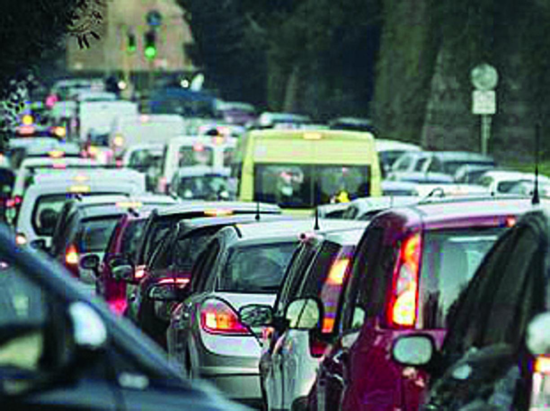 Traffico a viale Castrense