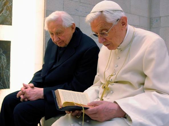 Ratzinger ha una malattia paralizzante: