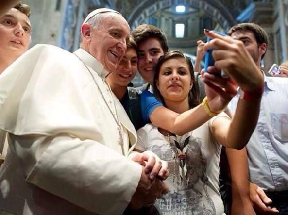 Papa: molti giovani diventano