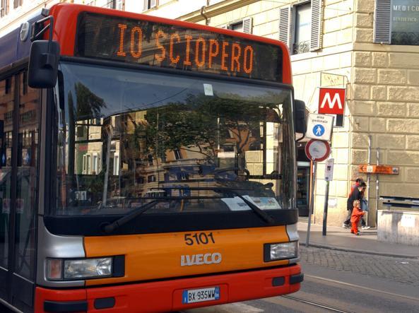 Sciopero dei trasporti a Roma: a rischio bus, metro e ferrovie