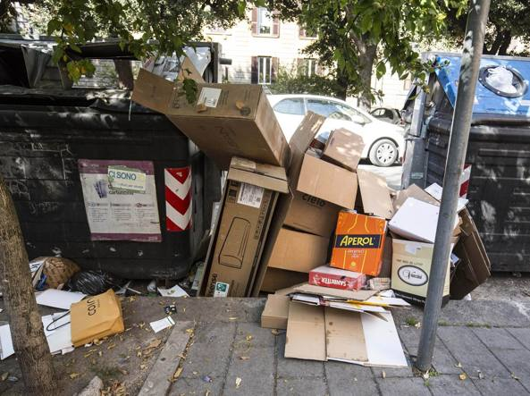 Carta al tesoro: a Napoli il gioco a squadre per riciclare divertendosi